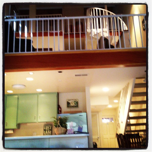 The condo is super-duper cute! I really enjoy it here (I wish the broadband were faster, but it all can't be perfect). Notice the stairs... lots of steep stairs. Humbling on Day 1. Easy on Day 2.